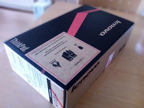 Thinkpad8の到着の写真